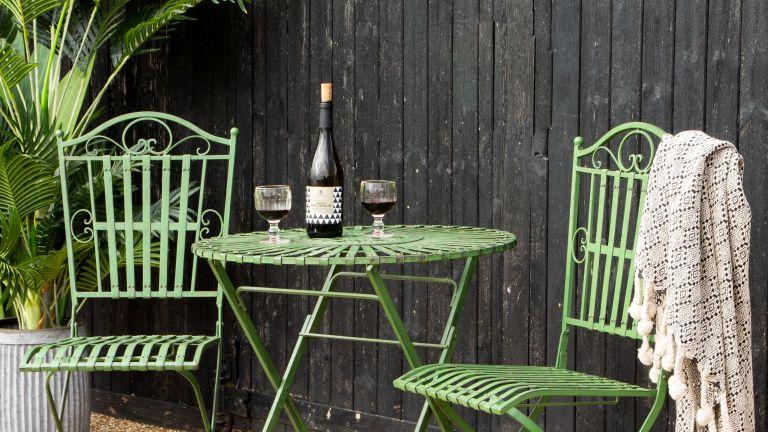 Abigail Ahern's garden paint tip