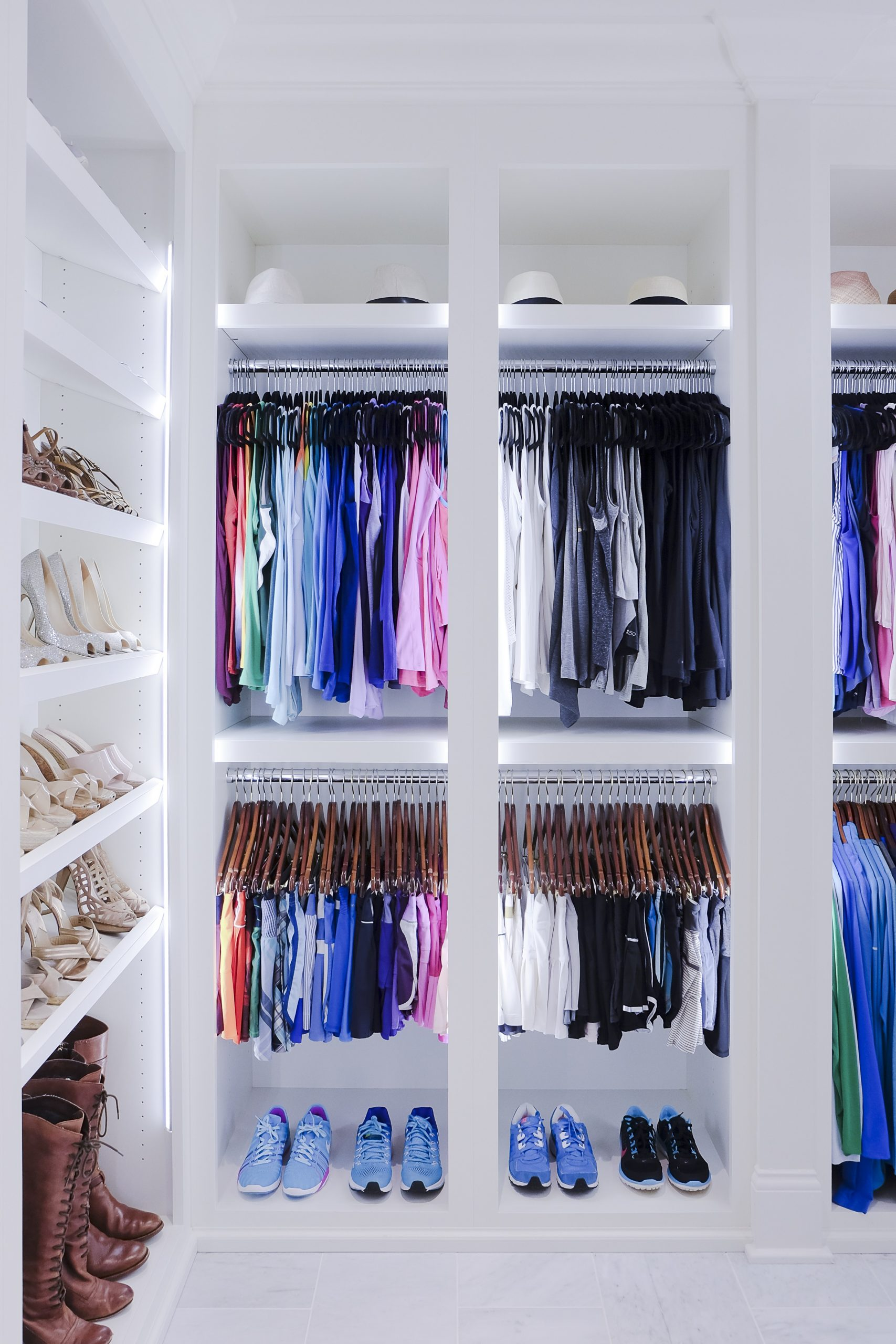 Home Edit closet organiser