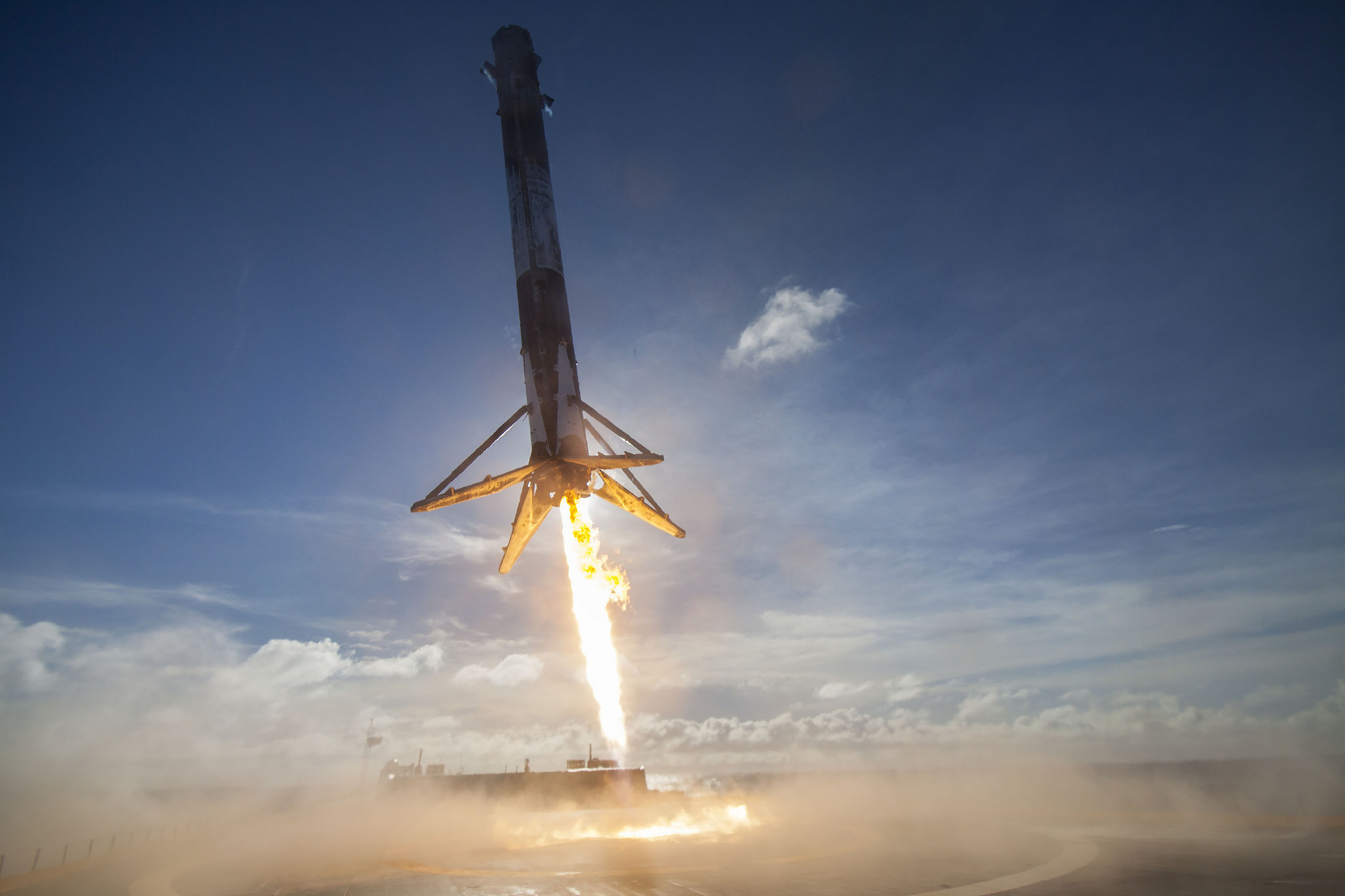87908590e369ad SpaceX Hopes to Relaunch a Used Falcon 9 Rocket This Fall