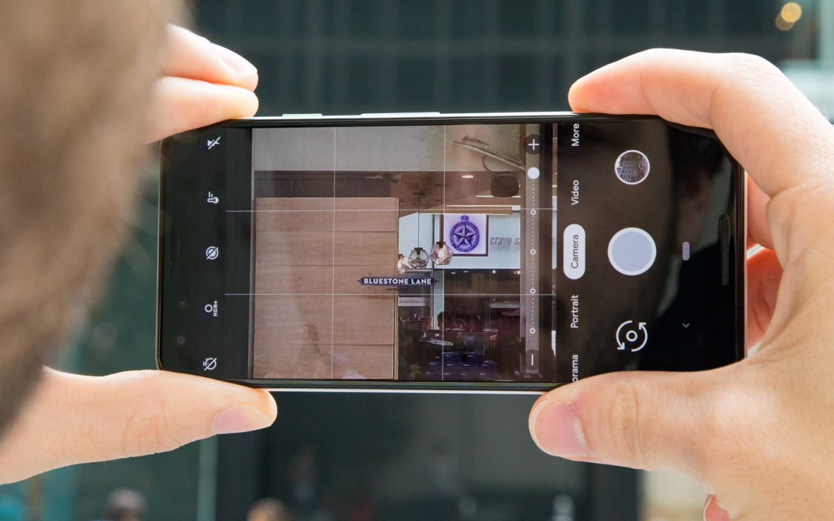 Which Camera Phone Has the Best Zoom?