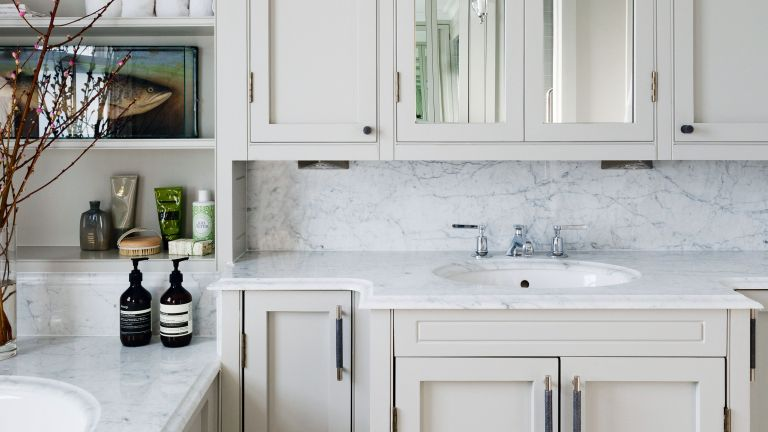 Bathroom storage ideas with fitted cabinets