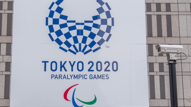 Paralympic games promotional banner at Tocho building