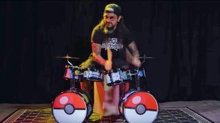Mike Portnoy plays Pokemon