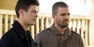 arrow the flash stephen amell grant gustin crossovers