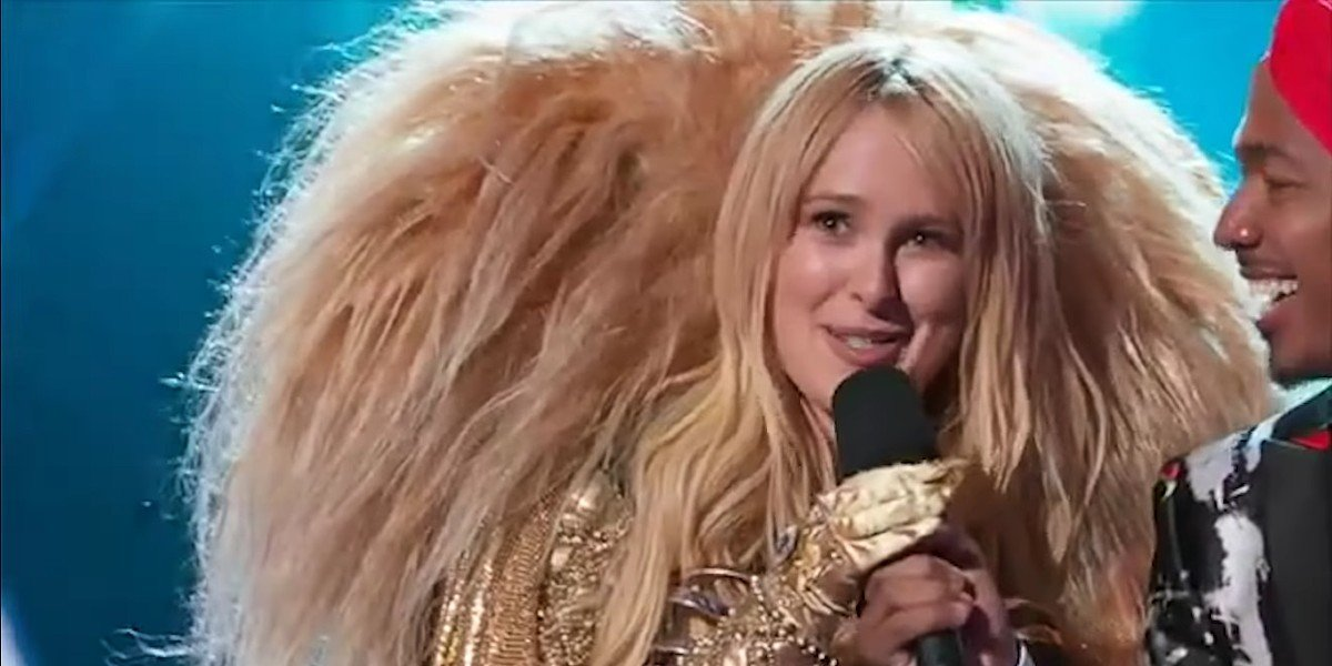 Rumer Willis as The Lion on The Masked Singer