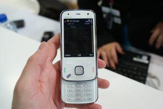 Nokia N86 shipping now