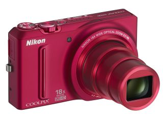 Impressive zoom-span from the Nikon Coolpix S9100