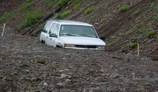 mudslide-car-02
