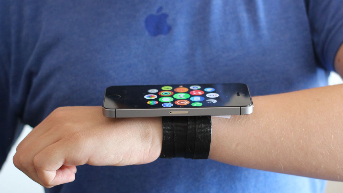 The First Apple Watch Prototype Was An Iphone With A