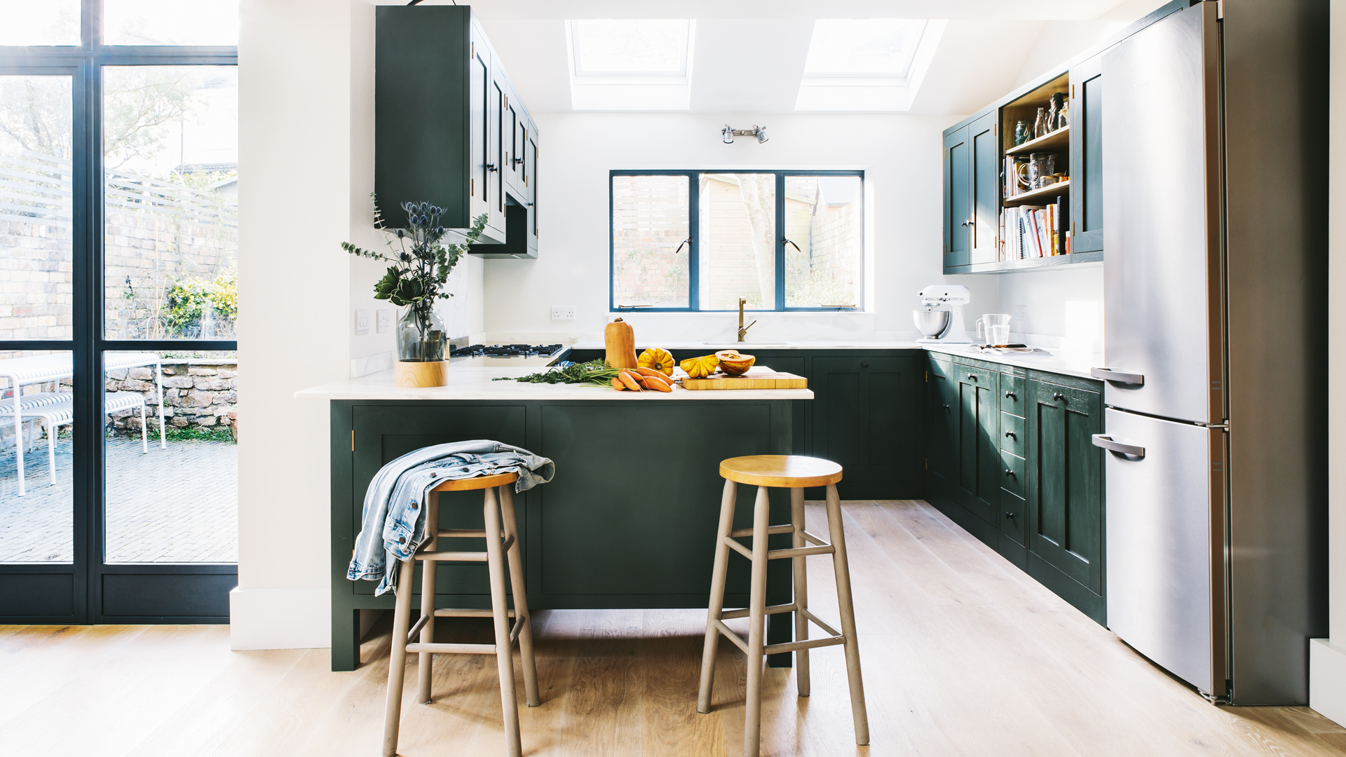 Want To Give Your Kitchen A Quick Update Painting Kitchen