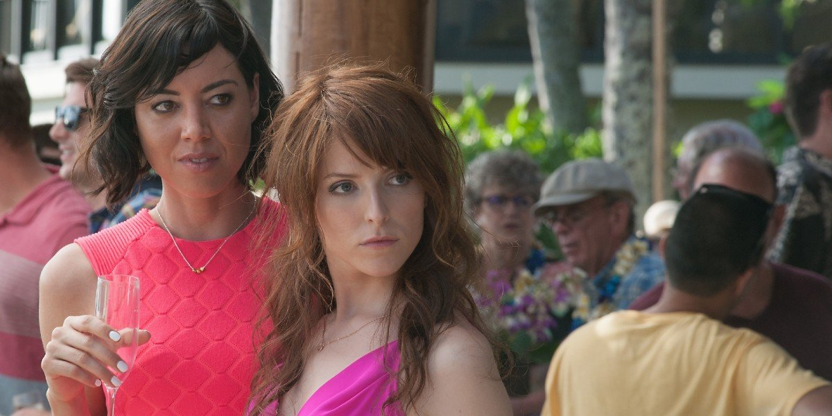 Aubrey Plaza and Anna Kendrick in Mike and Dave Need Weddinng Dates