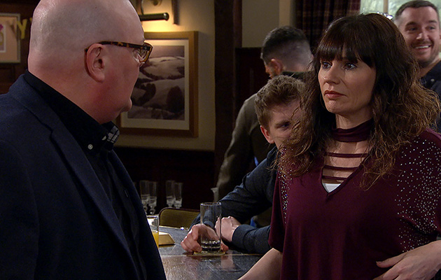 Paddy Kirk, Chas Dingle