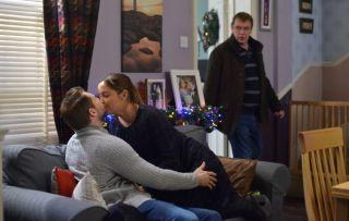 EastEnders - Lauren Branning Josh Hemmings Ian Beale
