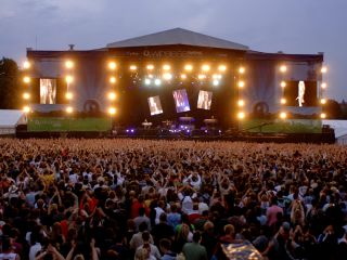 Depeche Mode onstage at Wireless 2006