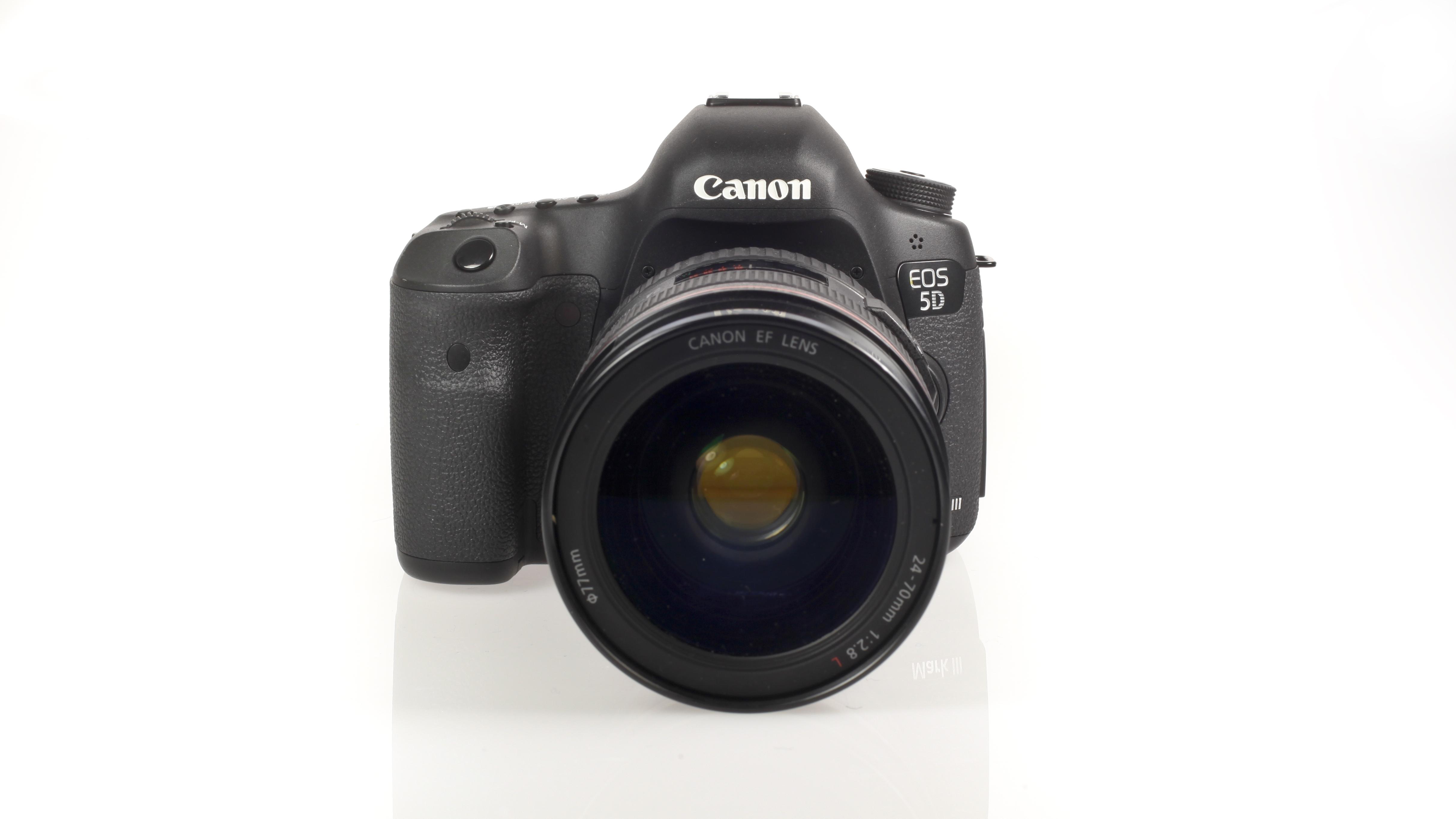 Canon 5D Mark III Vs Nikon D800