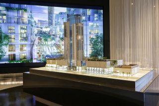 PARAMOUNT Miami Worldcenter LCD Wall