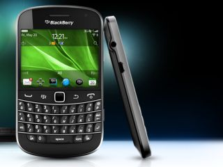 BlackBerry Touch 9900 - it's got better software than you