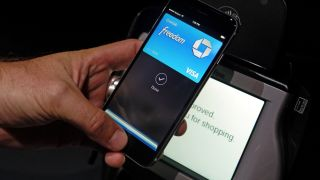 Apple Pay usage suggests the death of the wallet is getting closer