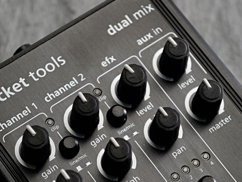 The Dual Mix lets you blend two input signals to taste.