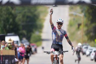 Keegan Swenson wins Leadville 100