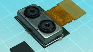 Toshiba battles the photobombers with dual-camera module for mobile