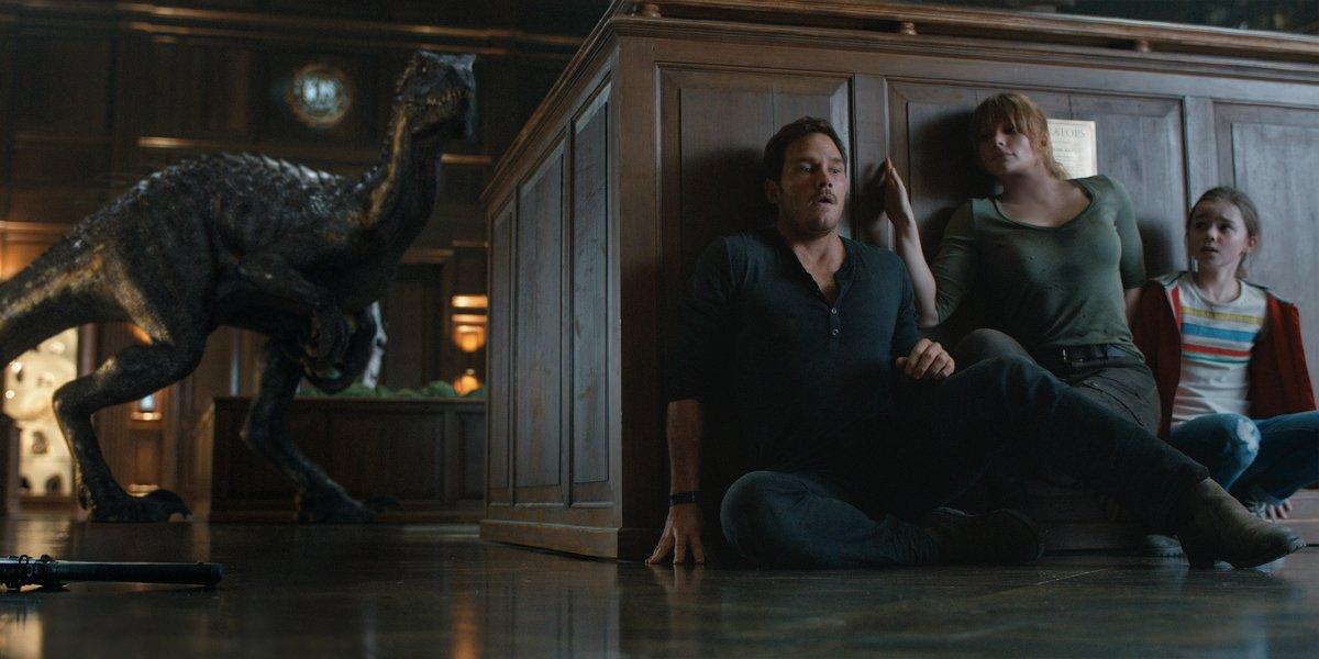 Chris Pratt, Bryce Dallas Howard, and Isabella Sermon in Jurassic World: Fallen Kingdom