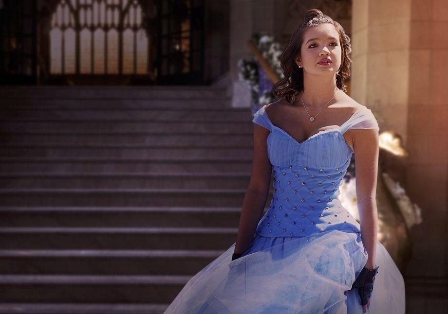 Peyton Elizabeth Lee in Secret Society of Second Born Royals