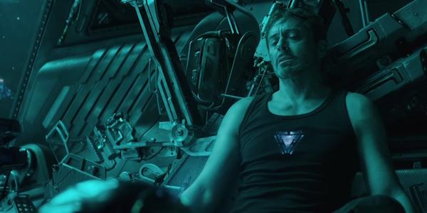 Tony Stark dying in space Avengers Endgame