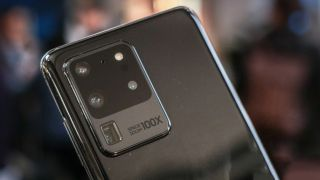 Is a 600MP smartphone sensor as stupid as it sounds?