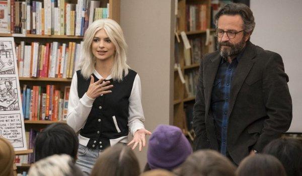 Love Emily Ratajkowski and Marc Maron in a bookstore