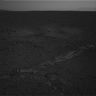 Curiosity's Tire Tracks on Mars with Horizon in Distance