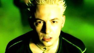 Linkin Park One Step Closer screen caption