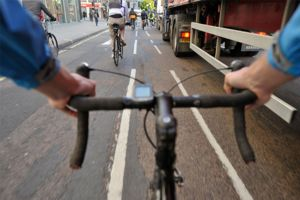 Lorries that pose a danger to cyclists to be banned from London