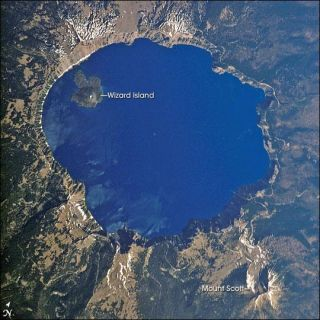 crater-lake-110413-02
