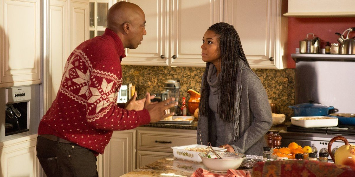 Gabrielle Union and J.B Smoove in Almost Christmas