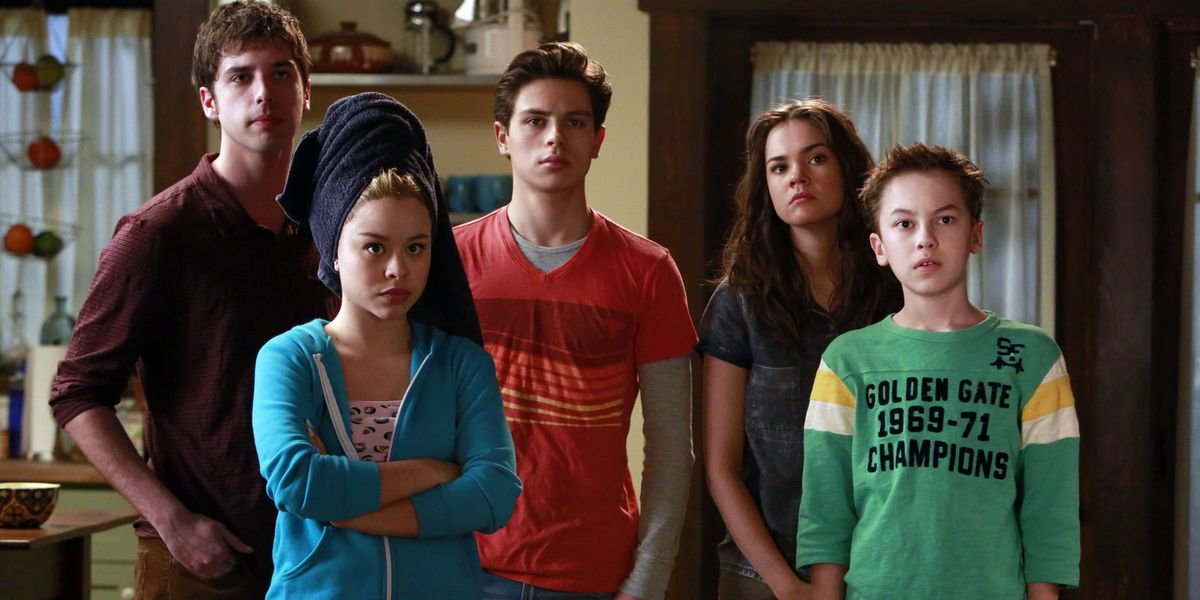 A lot of the younger characters on The Fosters on Amazon Prime.