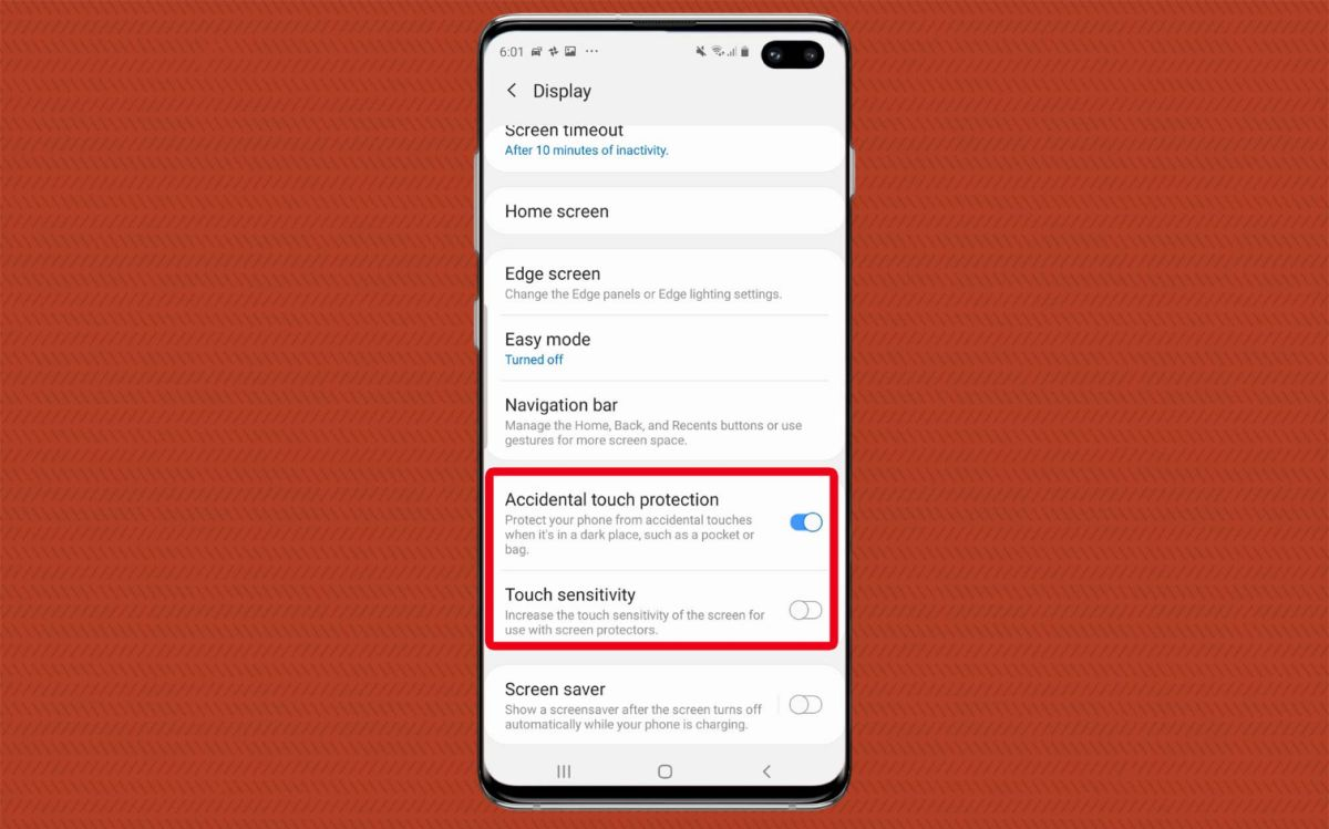 Galaxy S10 Owners Say This Bug Is Draining Their Battery