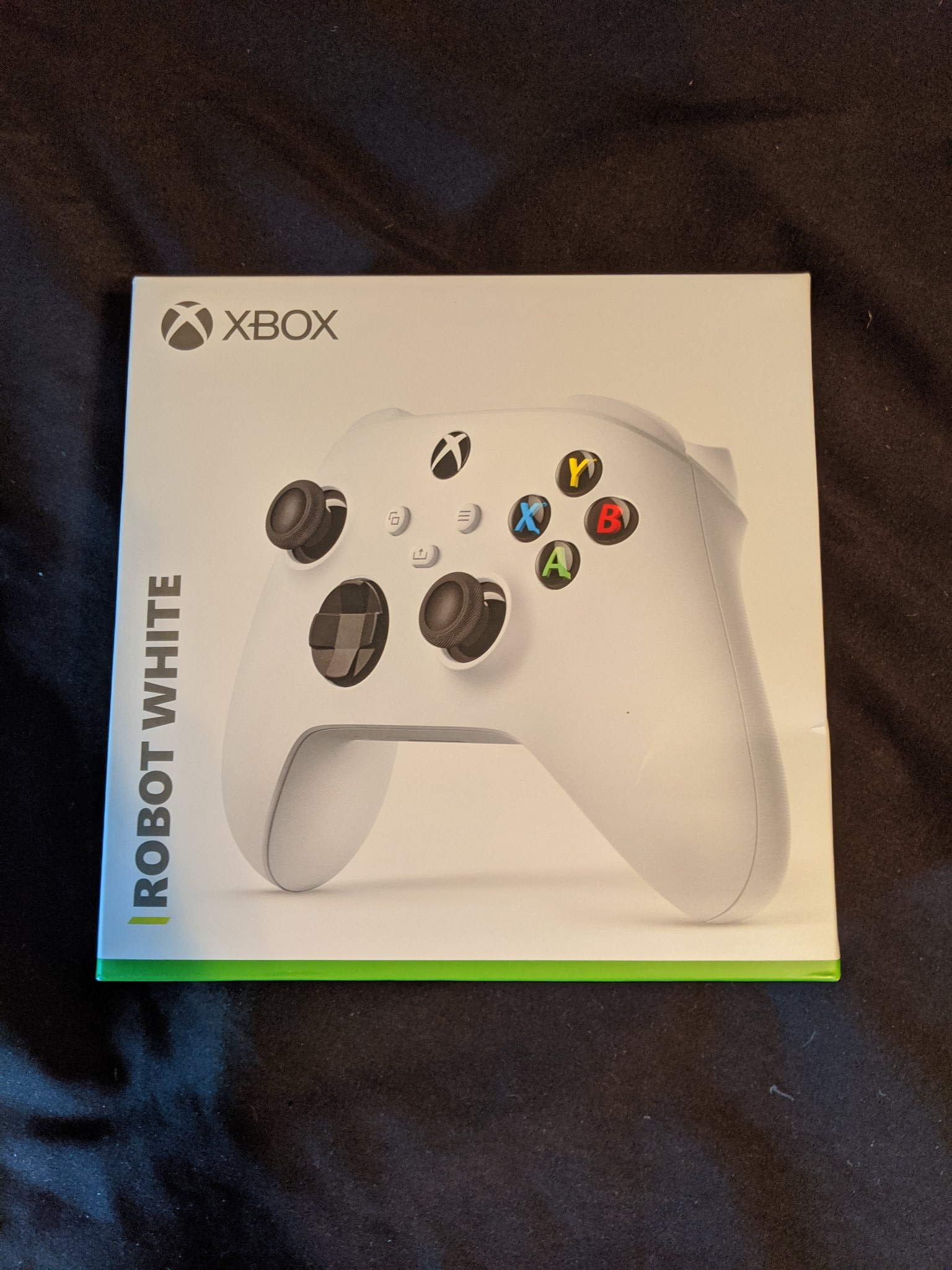 Xbox Series X controller packaging