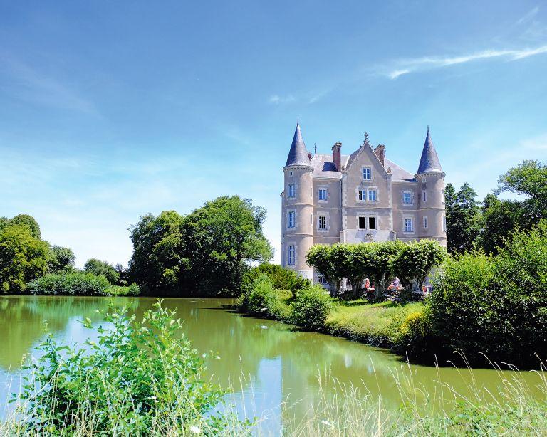 Angel Strawbridge Chateau