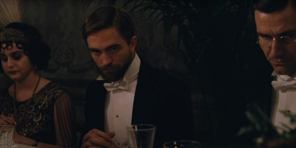 Robert Pattinson - The Childhood of a Leader