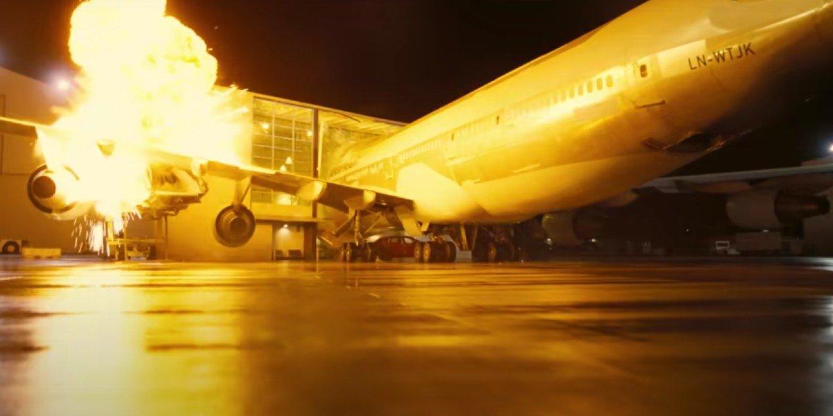 Plane crash in Tenet