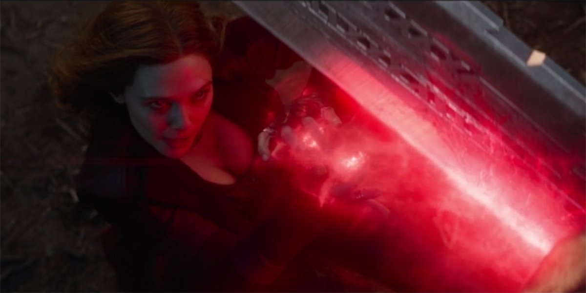 Scarlet Witch vs Thanos in Avengers Endgame