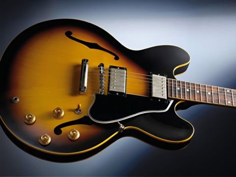 One of Gibson's most successful designs - unlike the Les Paul it has never been discontinued.