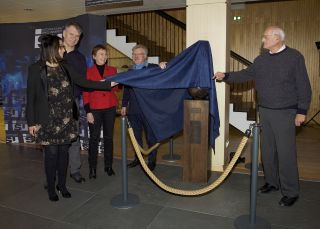 Lilla Merabet, Helen Sharman, Paolo Nespoli, Reinhold Ewald and Philippe Jung unveil the new statue of Félicette at the International Space University in Strasbourg, France, on Dec. 18, 2019.