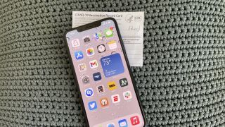 iOS 15.1 adds vaccination card support to Wallet