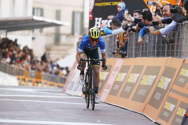 Lead of 25 seconds not enough to win Tirreno-Adriatico, says Adam Yates