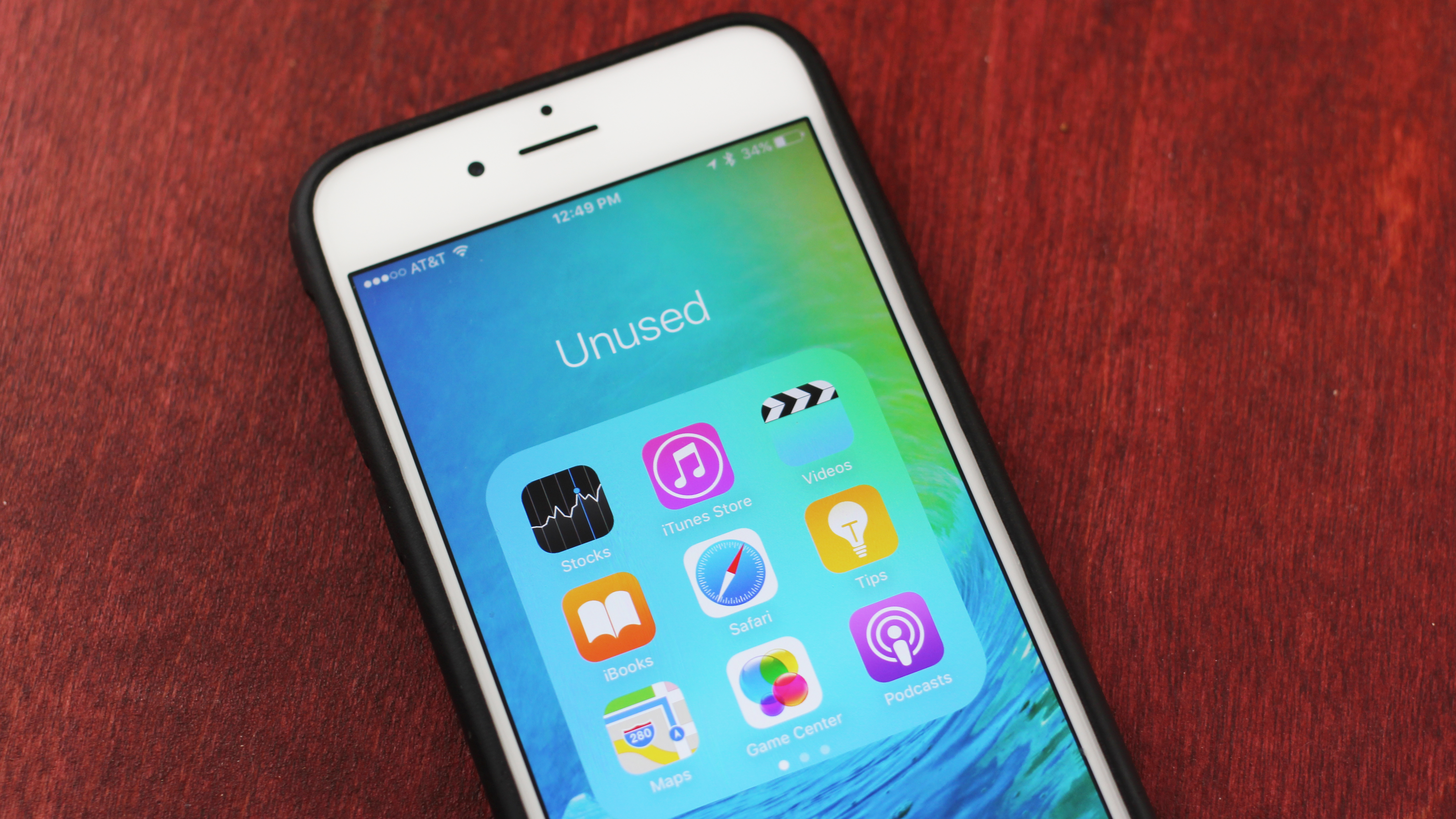 Here's why you can't uninstall Apple's pre-installed iPhone