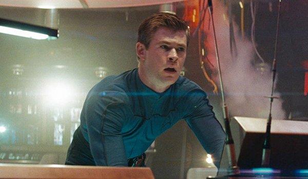 Chris Hemsworth as George Kirk on the USS Kelvin in Star Trek 2009
