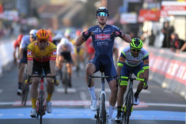 Tim Merlier vince la volata sul traguardo di Dour (Image Credit: Getty Images Sport)