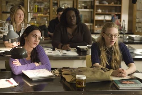 Jennifer's Body - Megan Fox's hot-bodied Jennifer & Amanda Seyfried's mousy Needy are unlikely best friends in this horror comedy from the screenwriter of Juno